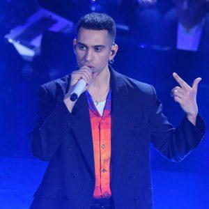 Mahmood u Europskom parlamentu i na turneji